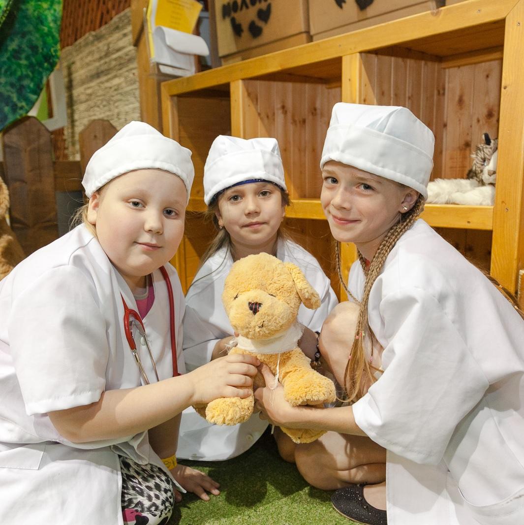 Заставка для - Поддержите проект «Детям о благотворительности»